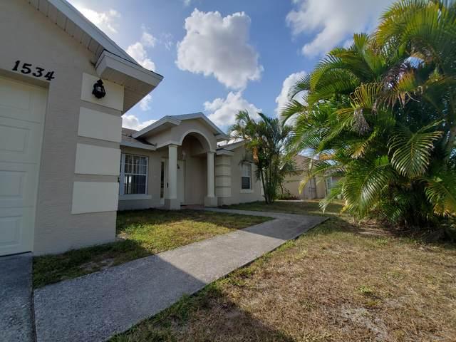 1534 SW Hutchins Street SW, Port Saint Lucie, FL 34983 (#RX-10722244) :: Michael Kaufman Real Estate