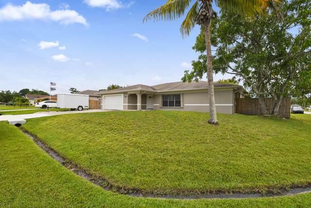 1602 SE Ocean Lane, Port Saint Lucie, FL 34983 (#RX-10722386) :: Michael Kaufman Real Estate