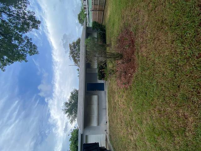 336 S Chillingworth Drive, West Palm Beach, FL 33409 (#RX-10722513) :: Treasure Property Group