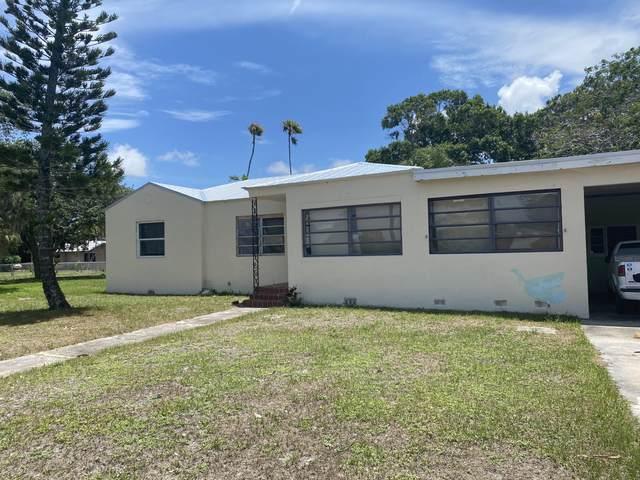 701 Parkway Drive, Fort Pierce, FL 34950 (#RX-10722551) :: Ryan Jennings Group