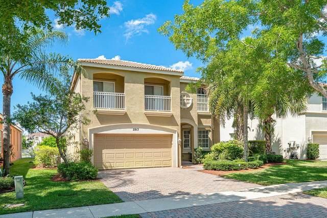 2913 Shaughnessy Drive, Wellington, FL 33414 (#RX-10722555) :: Michael Kaufman Real Estate