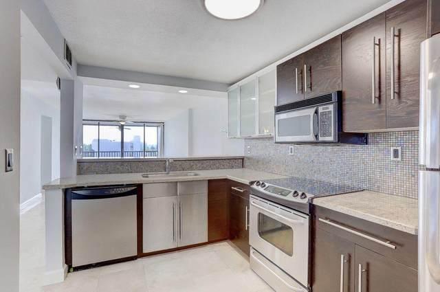 4 Royal Palm 6020 Way #602, Boca Raton, FL 33432 (#RX-10722562) :: DO Homes Group