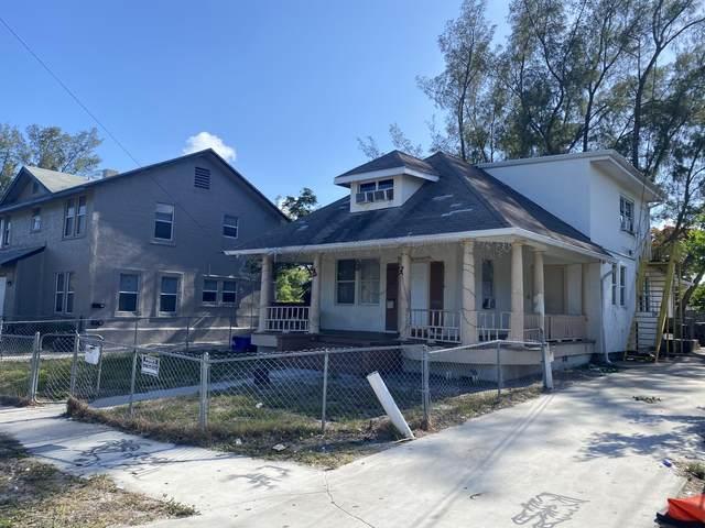 3611 Pinewood Avenue, West Palm Beach, FL 33407 (#RX-10722816) :: Michael Kaufman Real Estate