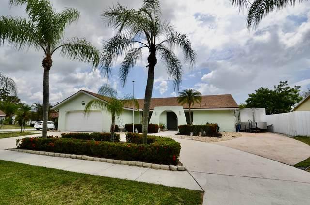 117 Martin Circle, Royal Palm Beach, FL 33411 (#RX-10722820) :: Ryan Jennings Group
