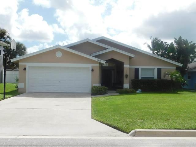 6422 Leslie Street, Jupiter, FL 33458 (MLS #RX-10722885) :: Castelli Real Estate Services