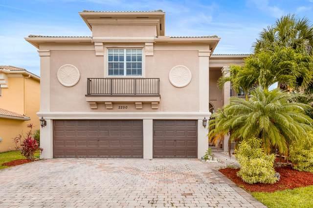 2250 Ridgewood Court, Royal Palm Beach, FL 33411 (#RX-10722914) :: Ryan Jennings Group