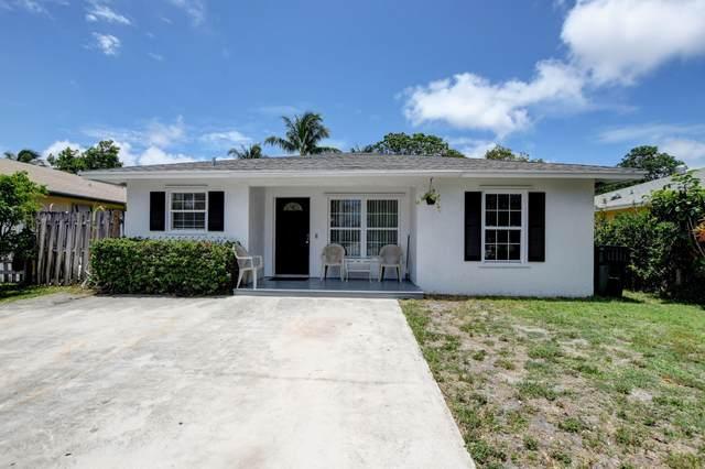 918 SE 2nd Avenue, Delray Beach, FL 33483 (#RX-10723069) :: Michael Kaufman Real Estate