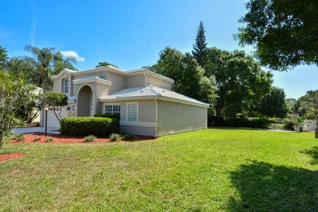 9253 SE Woods End Place, Tequesta, FL 33469 (MLS #RX-10723103) :: The Paiz Group