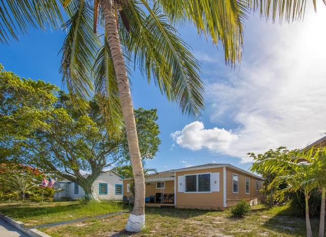 305 S C Street, Lake Worth Beach, FL 33460 (#RX-10723190) :: Michael Kaufman Real Estate