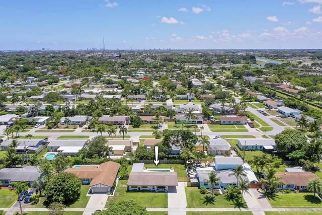 937 Firetree Road, North Palm Beach, FL 33408 (MLS #RX-10723222) :: Berkshire Hathaway HomeServices EWM Realty