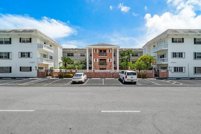 2500 NE 9th Street #205, Fort Lauderdale, FL 33304 (#RX-10723233) :: Michael Kaufman Real Estate