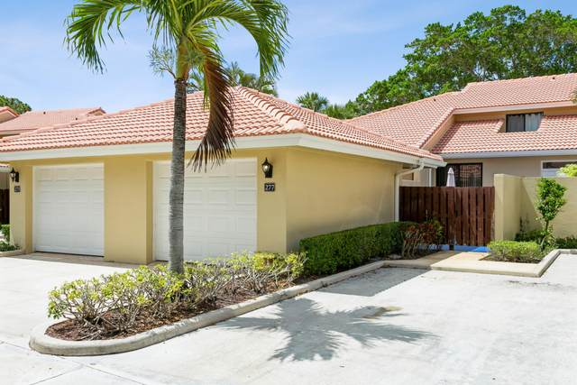 277 Old Meadow Way, Palm Beach Gardens, FL 33418 (MLS #RX-10723423) :: Berkshire Hathaway HomeServices EWM Realty