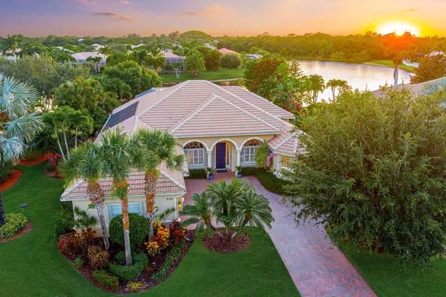 838 SW Blue Stem Way, Stuart, FL 34997 (MLS #RX-10723528) :: Berkshire Hathaway HomeServices EWM Realty