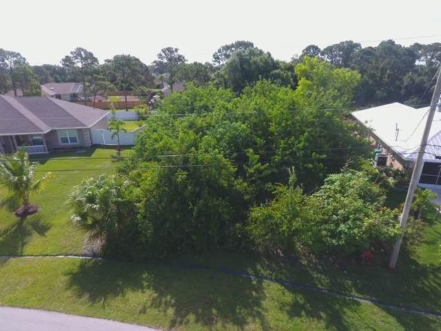 1625 SW Chicory Terrace, Port Saint Lucie, FL 34953 (MLS #RX-10723559) :: Berkshire Hathaway HomeServices EWM Realty
