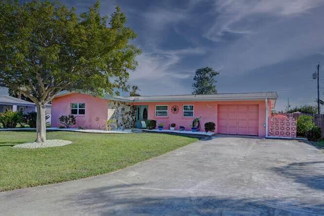 304 Bay Street, Port Saint Lucie, FL 34952 (#RX-10723561) :: Michael Kaufman Real Estate