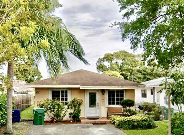 3071 NW 58th Street, Miami, FL 33142 (MLS #RX-10723568) :: Berkshire Hathaway HomeServices EWM Realty