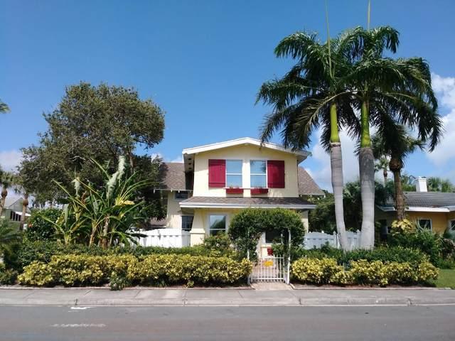 303 N Lakeside Drive, Lake Worth Beach, FL 33460 (#RX-10723683) :: Michael Kaufman Real Estate