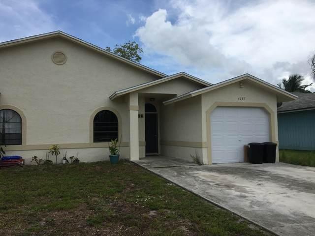 4739 SE Salvatori Road, Stuart, FL 34997 (MLS #RX-10723724) :: Castelli Real Estate Services