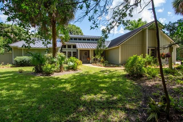 855 NE Stokes Terrace, Jensen Beach, FL 34957 (MLS #RX-10723725) :: The Paiz Group