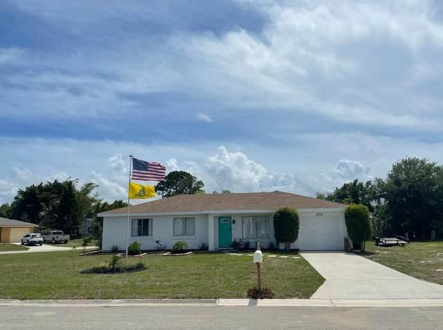 1772 SE Burgundy Lane, Port Saint Lucie, FL 34952 (#RX-10724265) :: The Power of 2 | Century 21 Tenace Realty