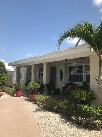 1230 Manor Drive, Riviera Beach, FL 33404 (#RX-10724365) :: Michael Kaufman Real Estate