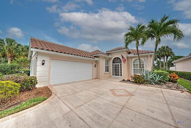 8221 SE Palm Hammock Lane, Hobe Sound, FL 33455 (MLS #RX-10724539) :: United Realty Group
