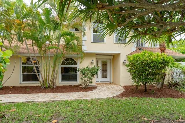 1144 Spanish Lace Lane, Vero Beach, FL 32963 (#RX-10724802) :: Ryan Jennings Group