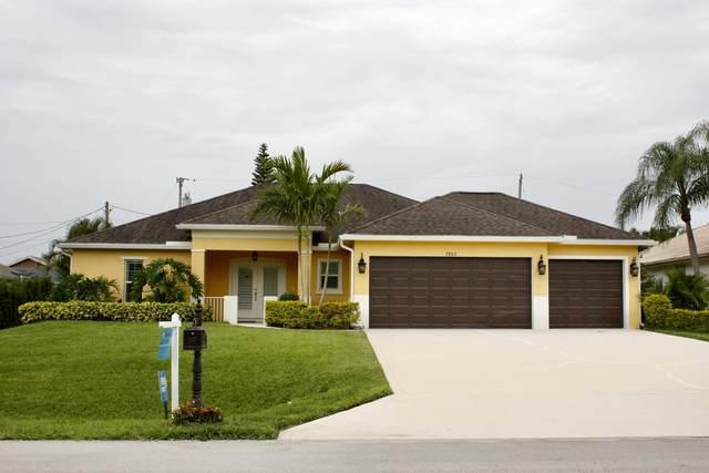 2802 SE Pace Drive, Port Saint Lucie, FL 34984 (#RX-10724964) :: Michael Kaufman Real Estate