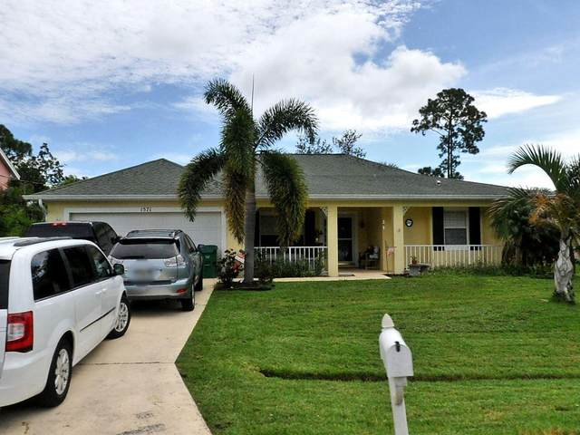 1571 SE Coply Street, Port Saint Lucie, FL 34983 (#RX-10725018) :: Michael Kaufman Real Estate