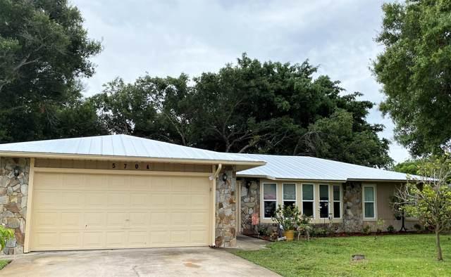 5704 Paleo Pines Circle, Fort Pierce, FL 34951 (#RX-10725032) :: Posh Properties