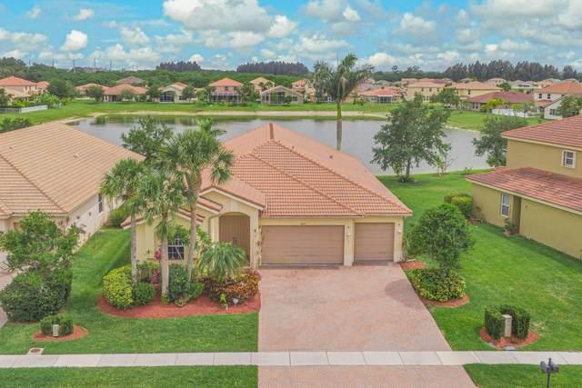 4107 Silverstone Drive, Fort Pierce, FL 34947 (#RX-10725085) :: Posh Properties