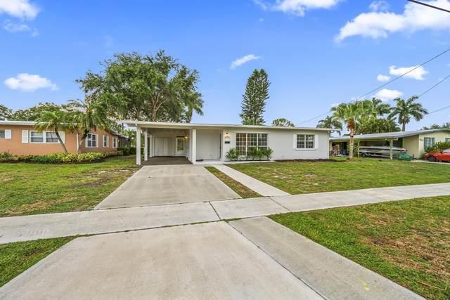 3097 SE Morningside Blvd Boulevard, Port Saint Lucie, FL 34953 (#RX-10725155) :: Dalton Wade