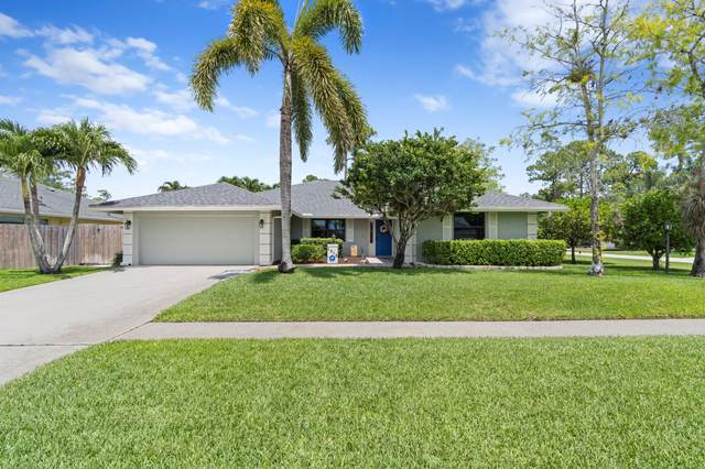 1016 Cherry Lane, Wellington, FL 33414 (#RX-10725212) :: Michael Kaufman Real Estate