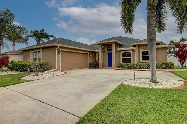 460 NW Fetterbush Way, Jensen Beach, FL 34957 (#RX-10725286) :: The Rizzuto Woodman Team