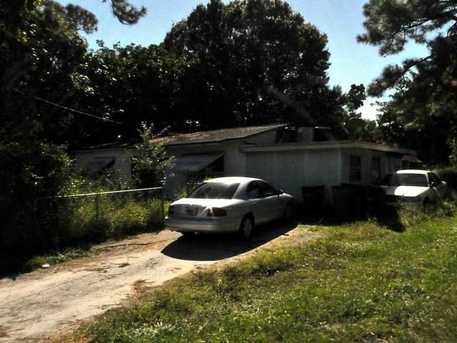 2409 S 13th S Street, Fort Pierce, FL 34950 (#RX-10725325) :: Posh Properties