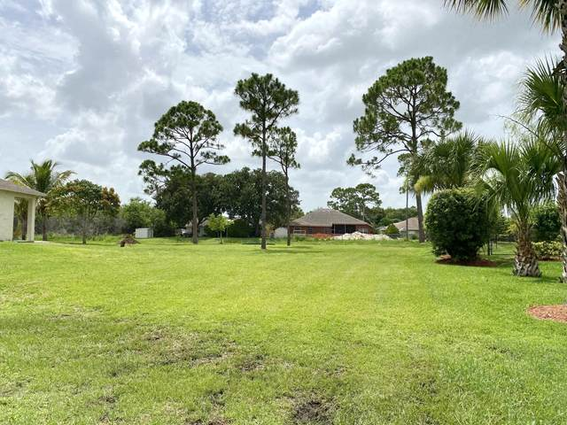 2626 SW Calder Street, Port Saint Lucie, FL 34953 (#RX-10725339) :: The Reynolds Team | Compass