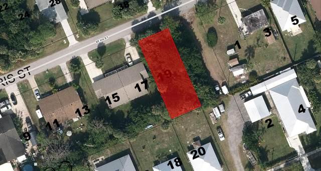 0 SE Se Iris Street, Stuart, FL 34997 (#RX-10725399) :: The Rizzuto Woodman Team