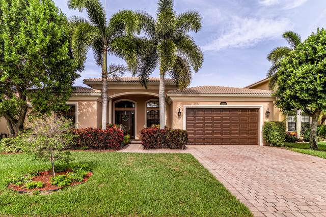 15668 Glencrest Avenue, Delray Beach, FL 33446 (#RX-10725428) :: The Reynolds Team | Compass