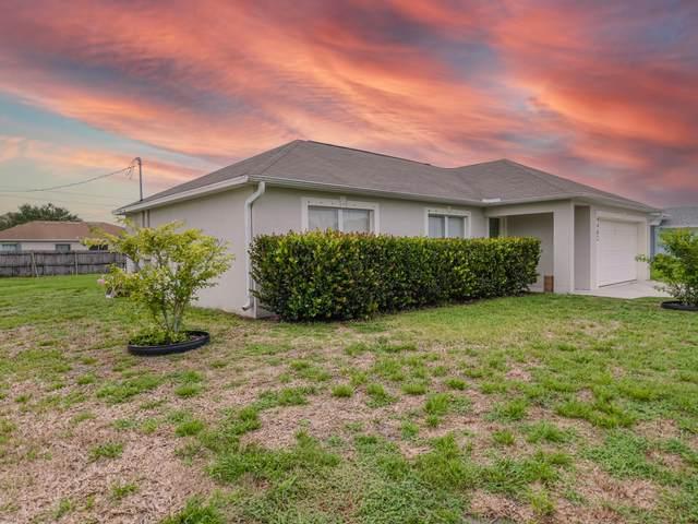 4462 SW Daemon Street, Port Saint Lucie, FL 34953 (#RX-10725572) :: Michael Kaufman Real Estate