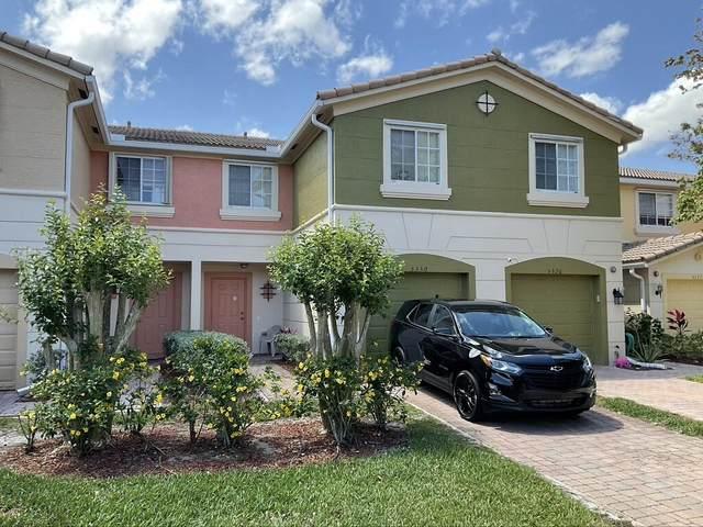 5330 SE Mitchell Lane, Stuart, FL 34997 (#RX-10725596) :: Dalton Wade