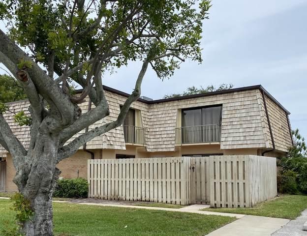 333 Lake Arbor Drive, Palm Springs, FL 33461 (#RX-10725765) :: Treasure Property Group