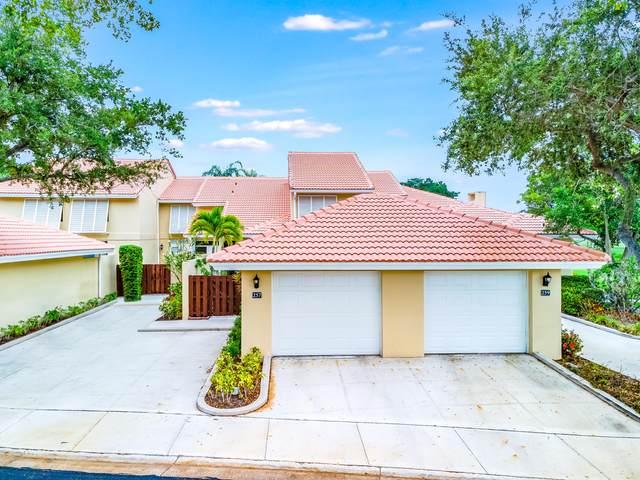 257 Old Meadow Way, Palm Beach Gardens, FL 33418 (#RX-10725775) :: Dalton Wade