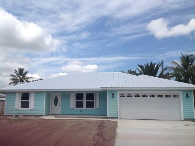 10600 SE Gomez Avenue, Hobe Sound, FL 33455 (#RX-10725786) :: The Power of 2   Century 21 Tenace Realty
