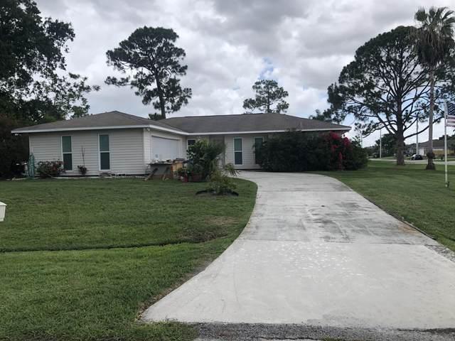 2402 SE Blackhorse Street, Port Saint Lucie, FL 34984 (#RX-10725945) :: Michael Kaufman Real Estate