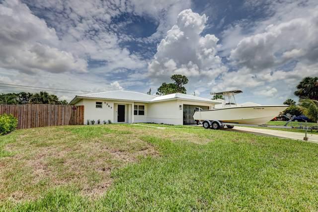 1757 SE Monroe Street, Stuart, FL 34997 (#RX-10726207) :: Heather Towe | Keller Williams Jupiter