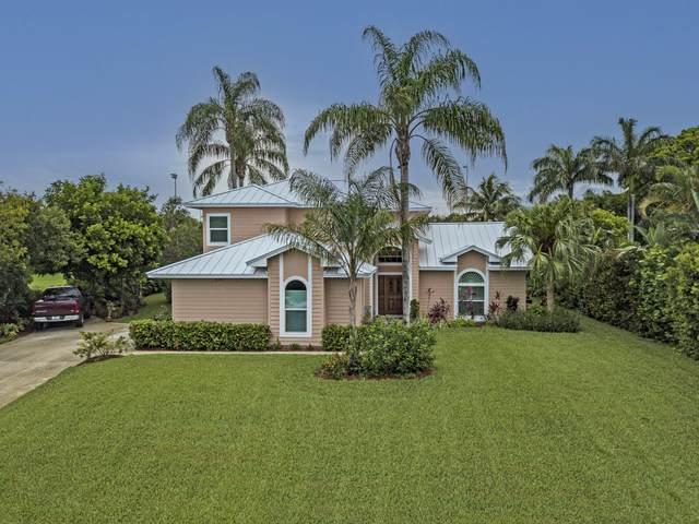 8397 SE Woodcrest Place SE, Hobe Sound, FL 33455 (#RX-10726245) :: Heather Towe | Keller Williams Jupiter