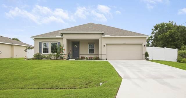1401 SW Edinburgh Drive, Port Saint Lucie, FL 34953 (#RX-10726301) :: Michael Kaufman Real Estate