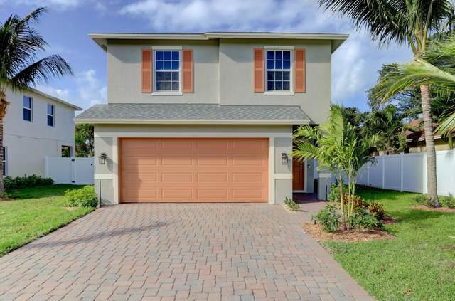 426 Lucky Lane, Delray Beach, FL 33444 (#RX-10726512) :: Michael Kaufman Real Estate