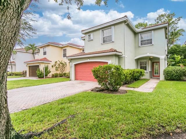 3933 Crescent Creek Drive, Coconut Creek, FL 33073 (#RX-10726550) :: Michael Kaufman Real Estate