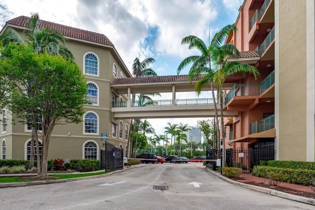 1640 Presidential Way #107, West Palm Beach, FL 33401 (#RX-10729570) :: Michael Kaufman Real Estate